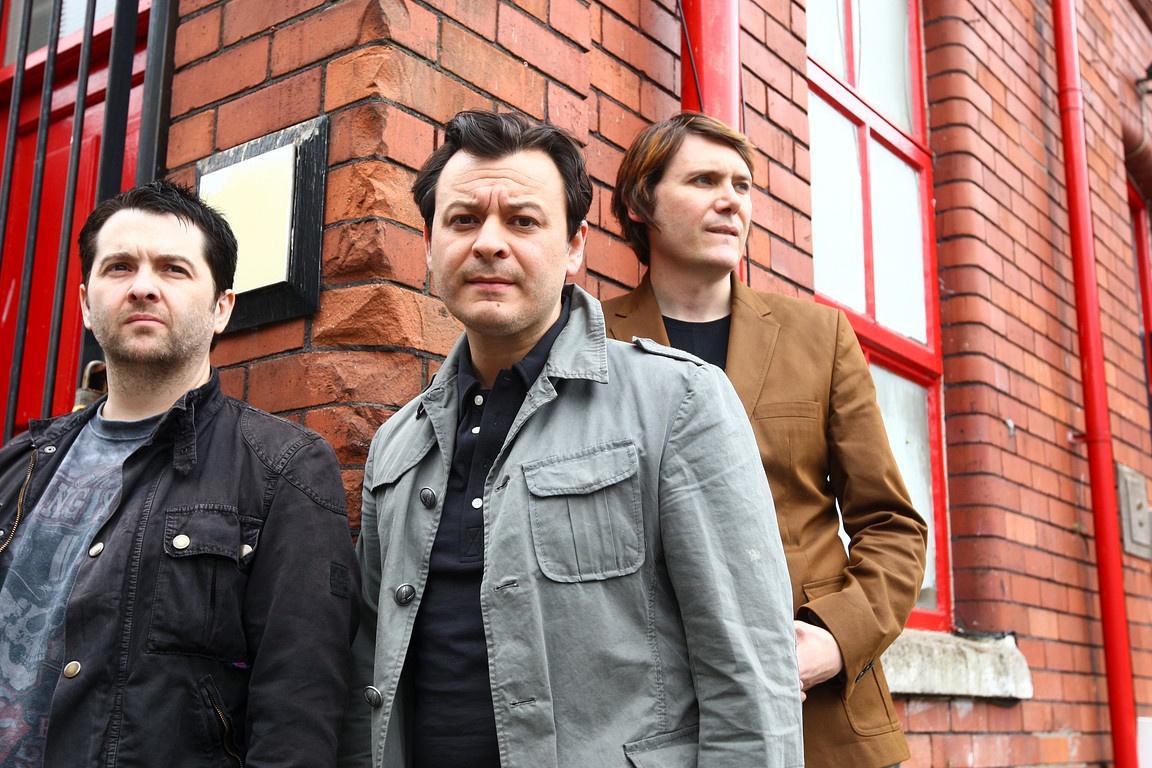 Manic Street Preachers preparan dos discos - portALTERNATIVO