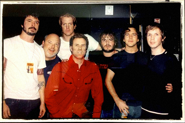 Grohl, Vedder, Homme, Tenacious D, Beck y Will Ferrell en 2005