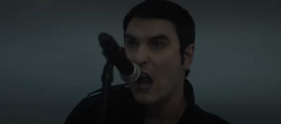 "Breaking Benjamin estrenan vídeo para ""Angels Fall"""
