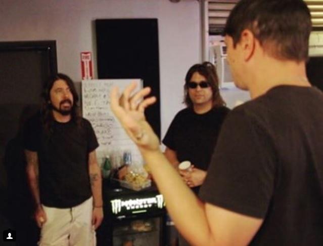 """Dave Grohl visitó a Korn durante la grabación de """"The Serenity Of Suffering"""""""