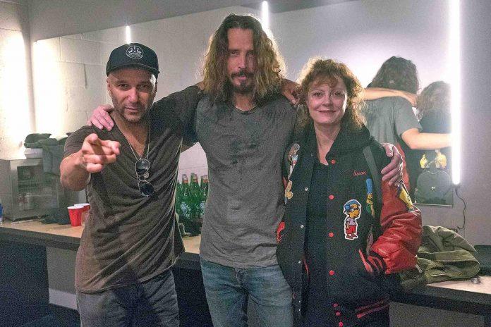 """Tom Morello, Chris Cornell y Susan Sarandon juntos en el """"Anti-Inaugural Ball"""""""