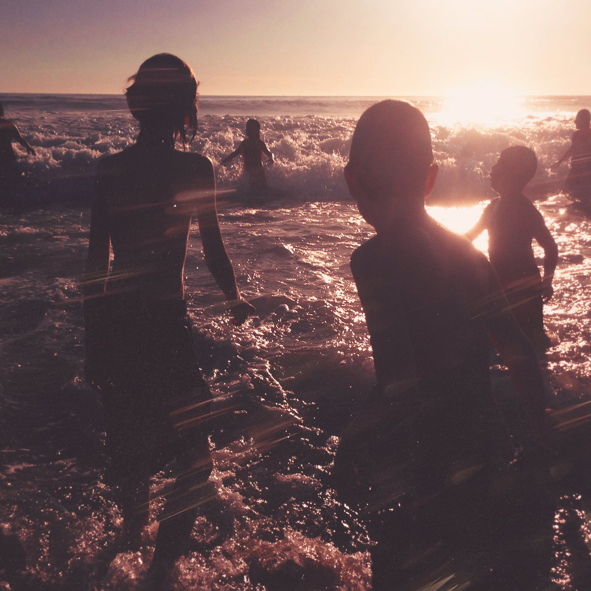 Linkin Park enseñan la portada de su nuevo disco del que el jueves estrenaran su primer single