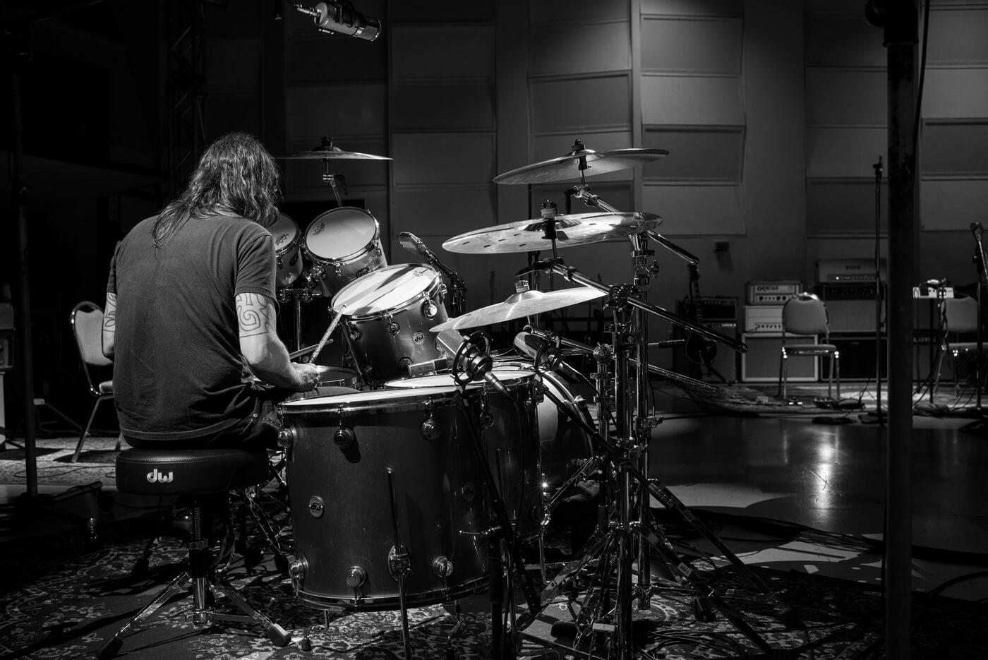 """Ya podemos ver """"Play"""", el nuevo proyecto de Dave Grohl ..."""