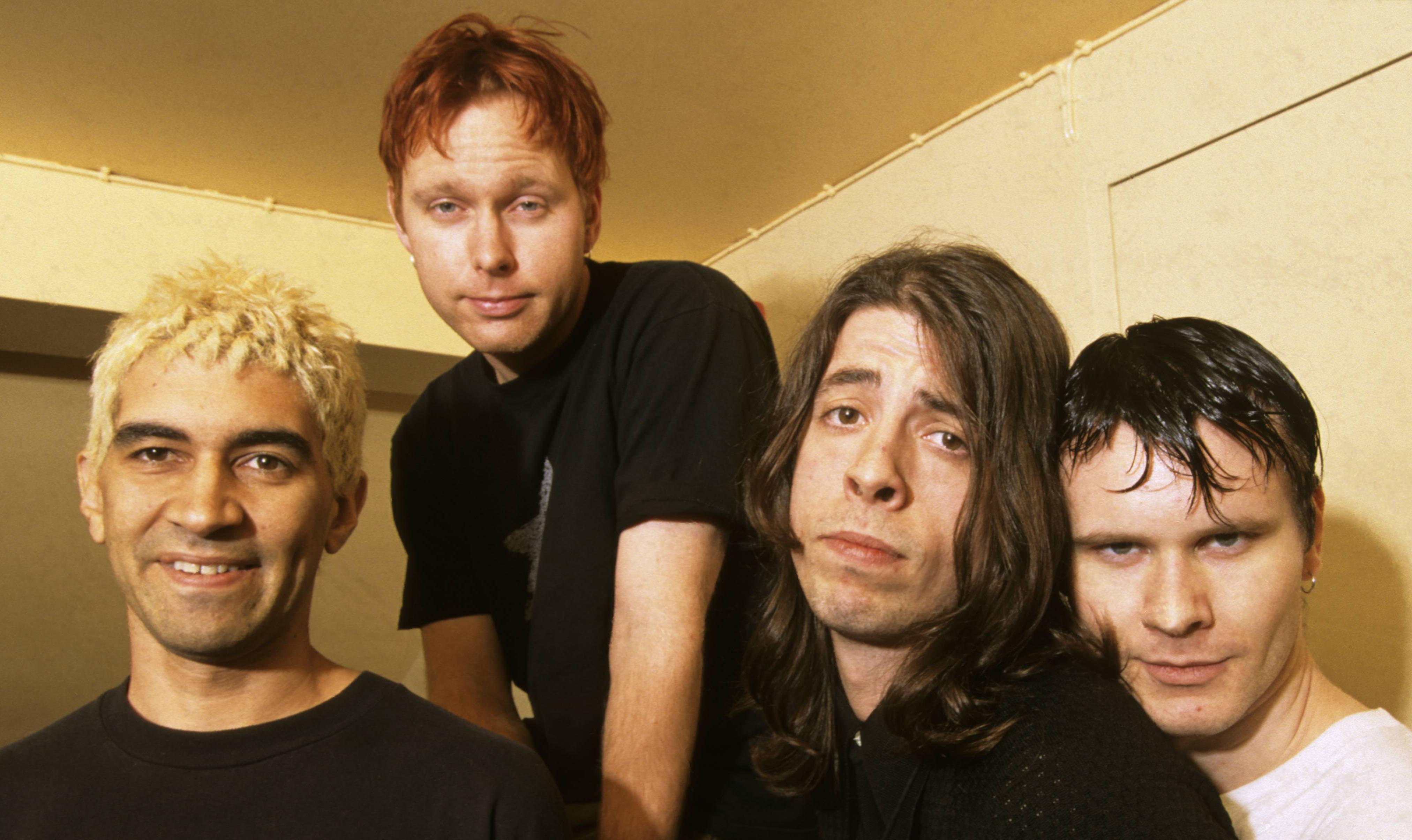 Pearl Jam Tour 2020 >> Foo Fighters abren el archivo y lanzan un EP sorpresa con